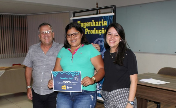Estudante da Faculdade CNEC Varginha fica em primeiro lugar no ENEC
